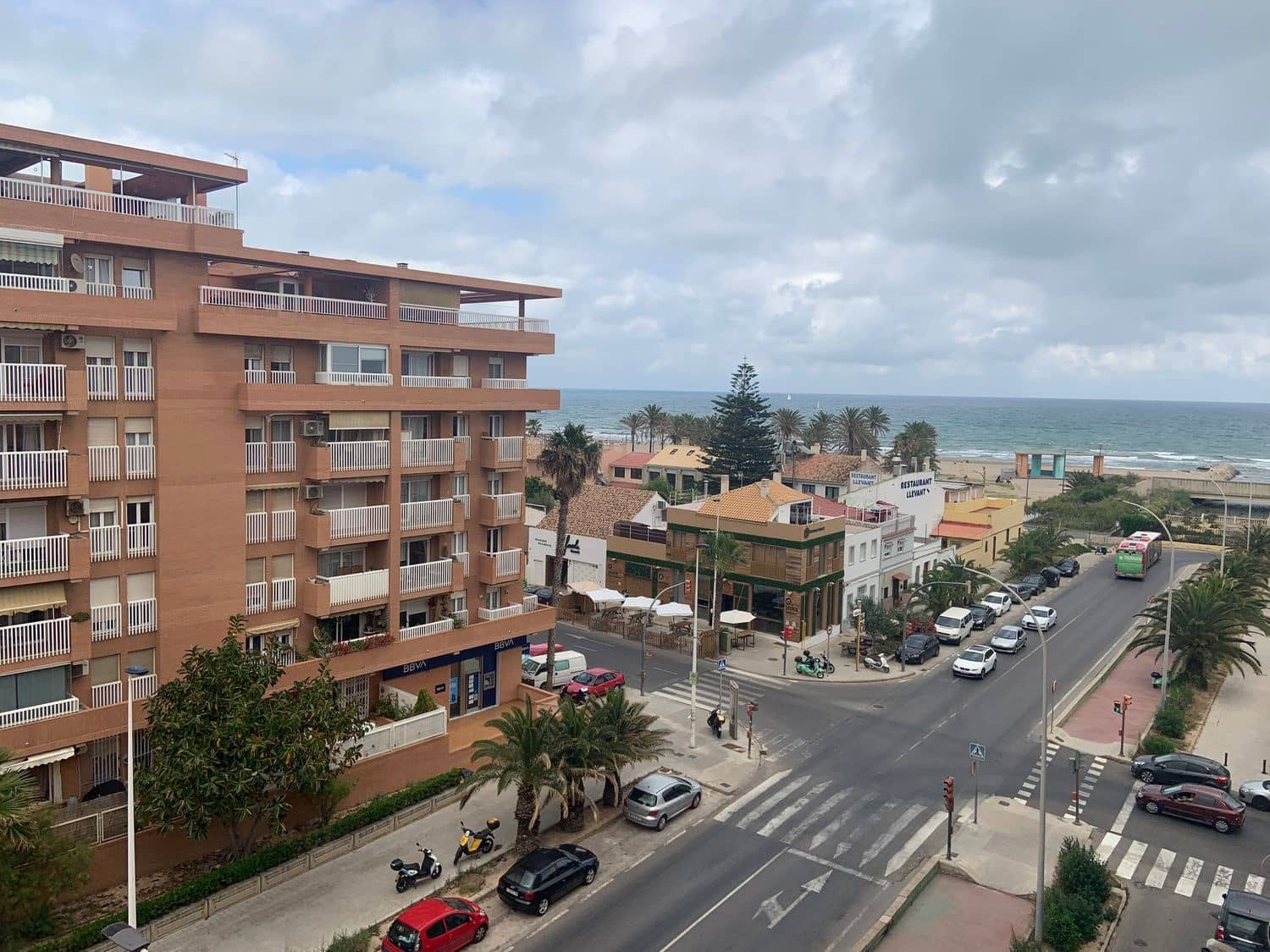 2 bedroom Apartment for rent in Valencia city - € 650 (Ref: 5357379)