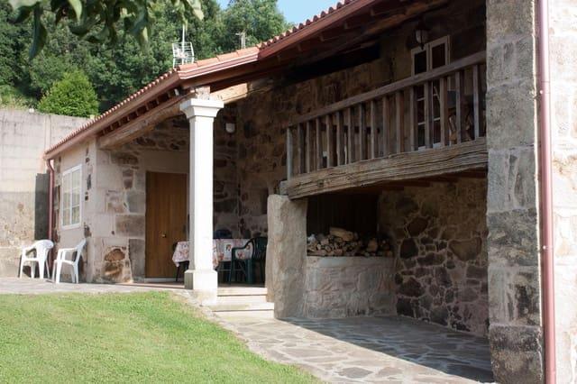 5 soverom Villa til salgs i A Estrada med svømmebasseng garasje - € 419 000 (Ref: 4813299)