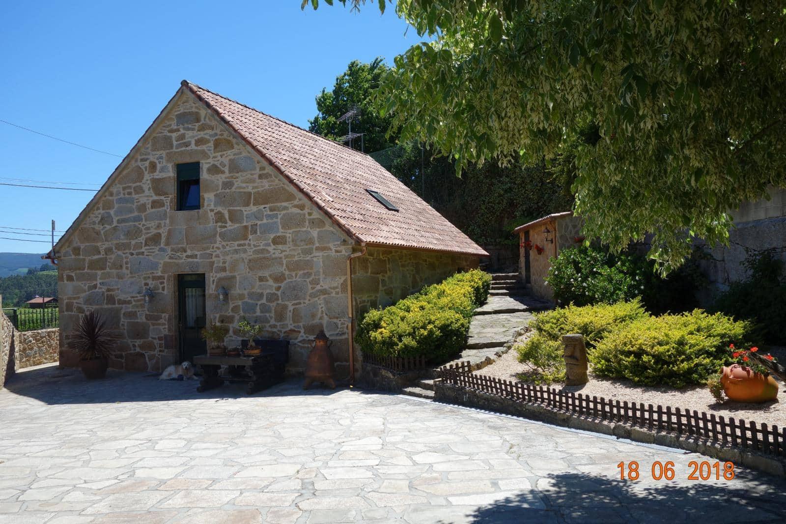 Chalet de 2 habitaciones en Vilanova de Arousa en venta con piscina - 600.000 € (Ref: 4813314)