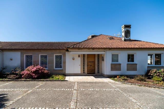 Chalet de 5 habitaciones en Vilagarcía de Arousa en venta con garaje - 830.000 € (Ref: 4924864)