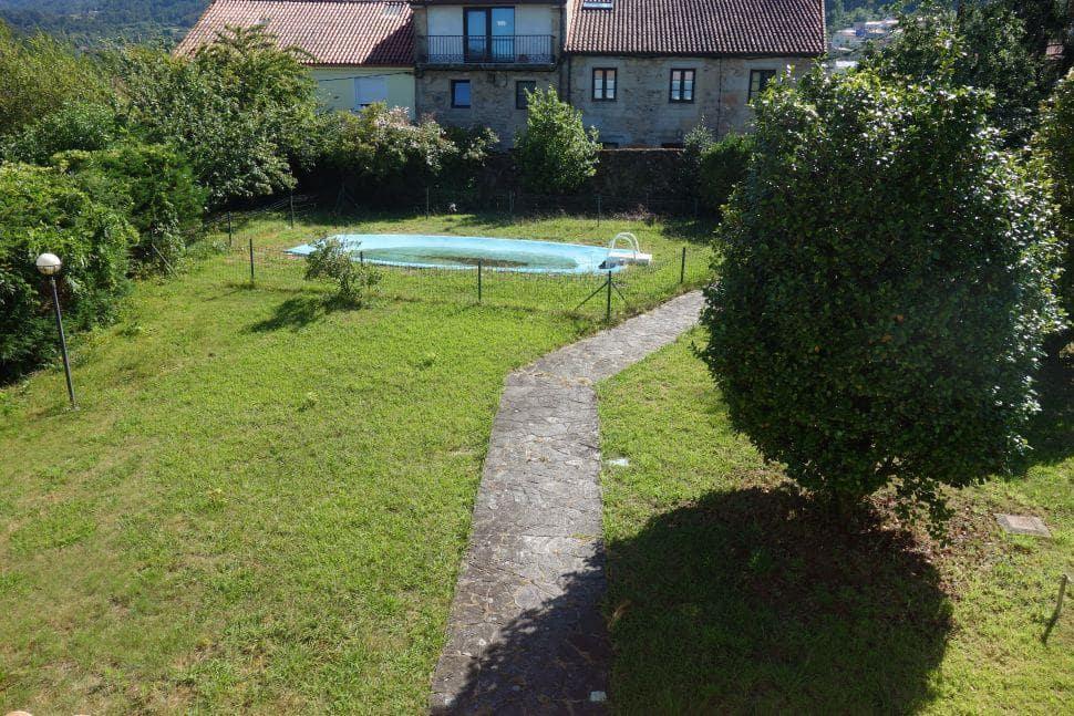 5 camera da letto Villa in vendita in Noia con piscina garage - 330.000 € (Rif: 5361163)