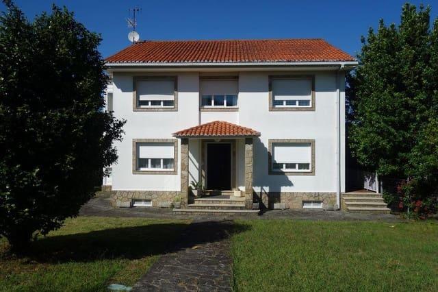 5 slaapkamer Villa te koop in Noia met zwembad garage - € 330.000 (Ref: 5361163)