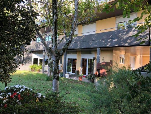 4 Zimmer Villa zu verkaufen in Vilagarcia de Arousa mit Pool - 410.000 € (Ref: 5666057)