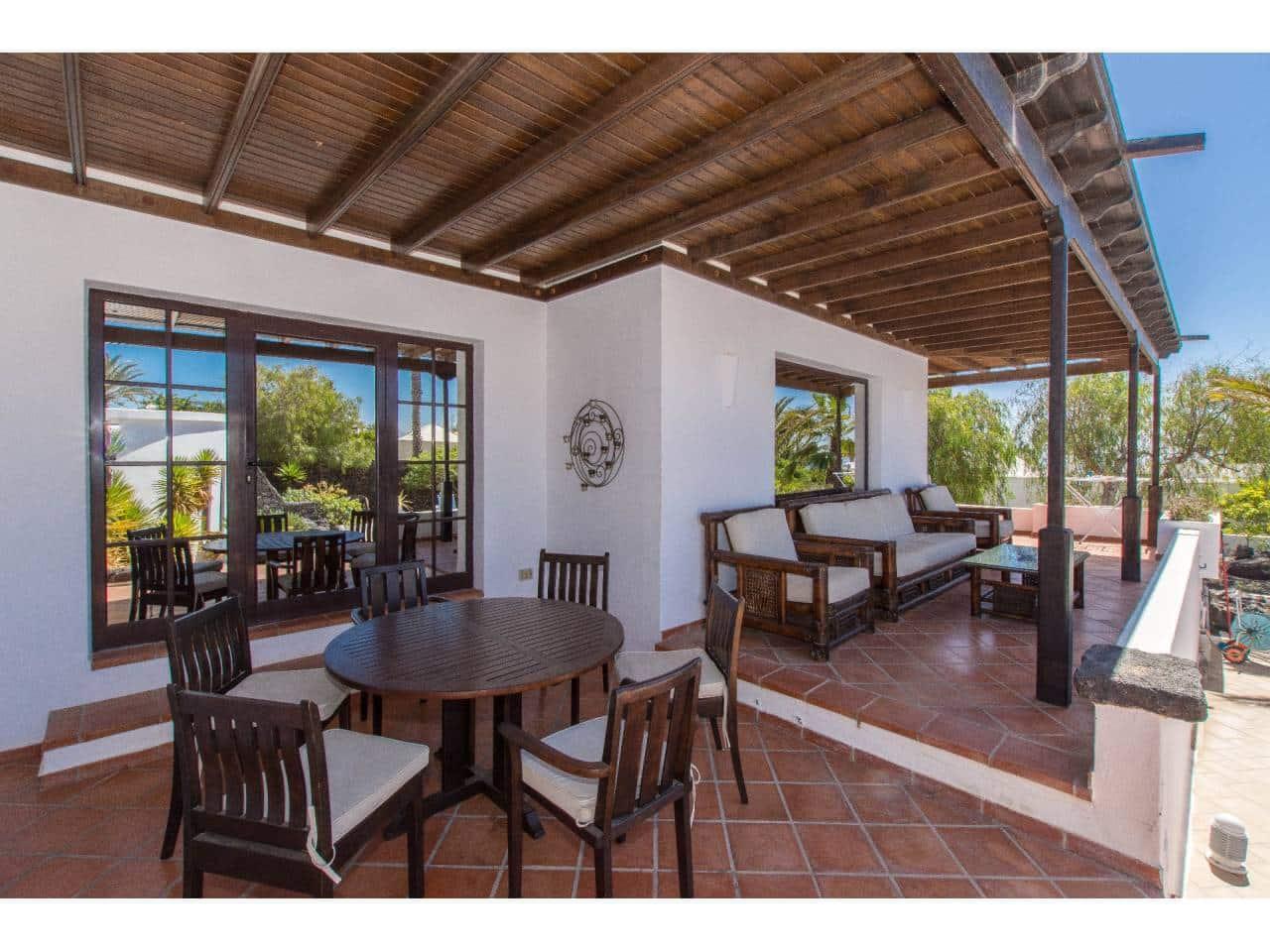 Casa de 3 habitaciones en Puerto del Carmen en venta - 650.000 € (Ref: 4792783)