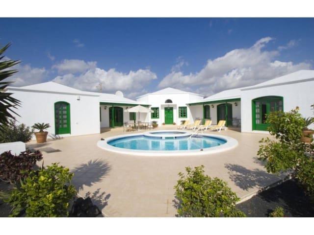5 slaapkamer Huis te koop in Puerto del Carmen - € 649.000 (Ref: 5466390)