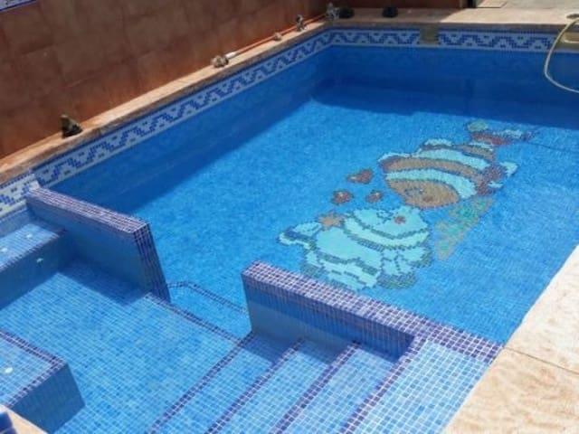 4 chambre Villa/Maison à vendre à La Magdalena avec garage - 110 000 € (Ref: 5633215)