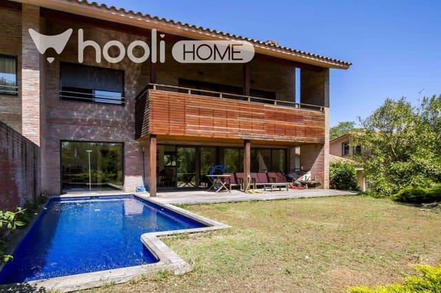 Adosado de 7 habitaciones en Sant Cugat del Vallès en venta con piscina - 2.565.000 € (Ref: 5734545)