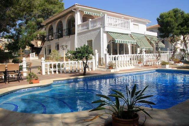 6 sovrum Villa till salu i Pinar de Campoverde med pool garage - 395 000 € (Ref: 4834011)