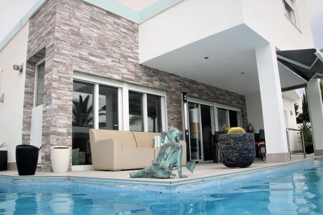 4 makuuhuone Huvila myytävänä paikassa Mil Palmeras mukana uima-altaan  autotalli - 430 000 € (Ref: 5409722)