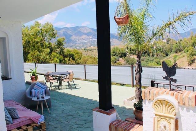 Chalet de 3 habitaciones en Fuengirola en alquiler vacacional con piscina garaje - 2.160 € (Ref: 5437355)