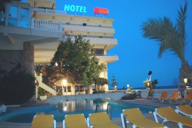 50 makuuhuone Hotelli myytävänä paikassa Torre del Moro mukana uima-altaan - 6 000 000 € (Ref: 5175411)