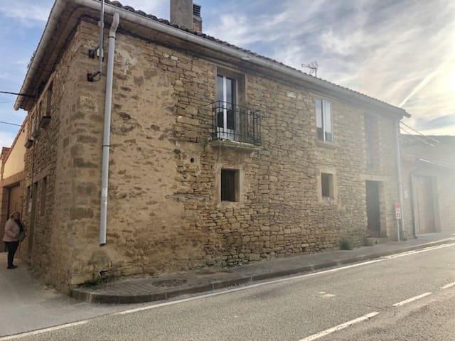 4 Zimmer Reihenhaus zu verkaufen in Lerga - 60.000 € (Ref: 4845106)