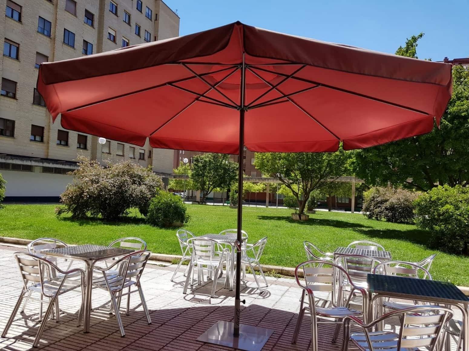 Local Comercial en Pamplona / Iruña en venta - 395.000 € (Ref: 4851024)