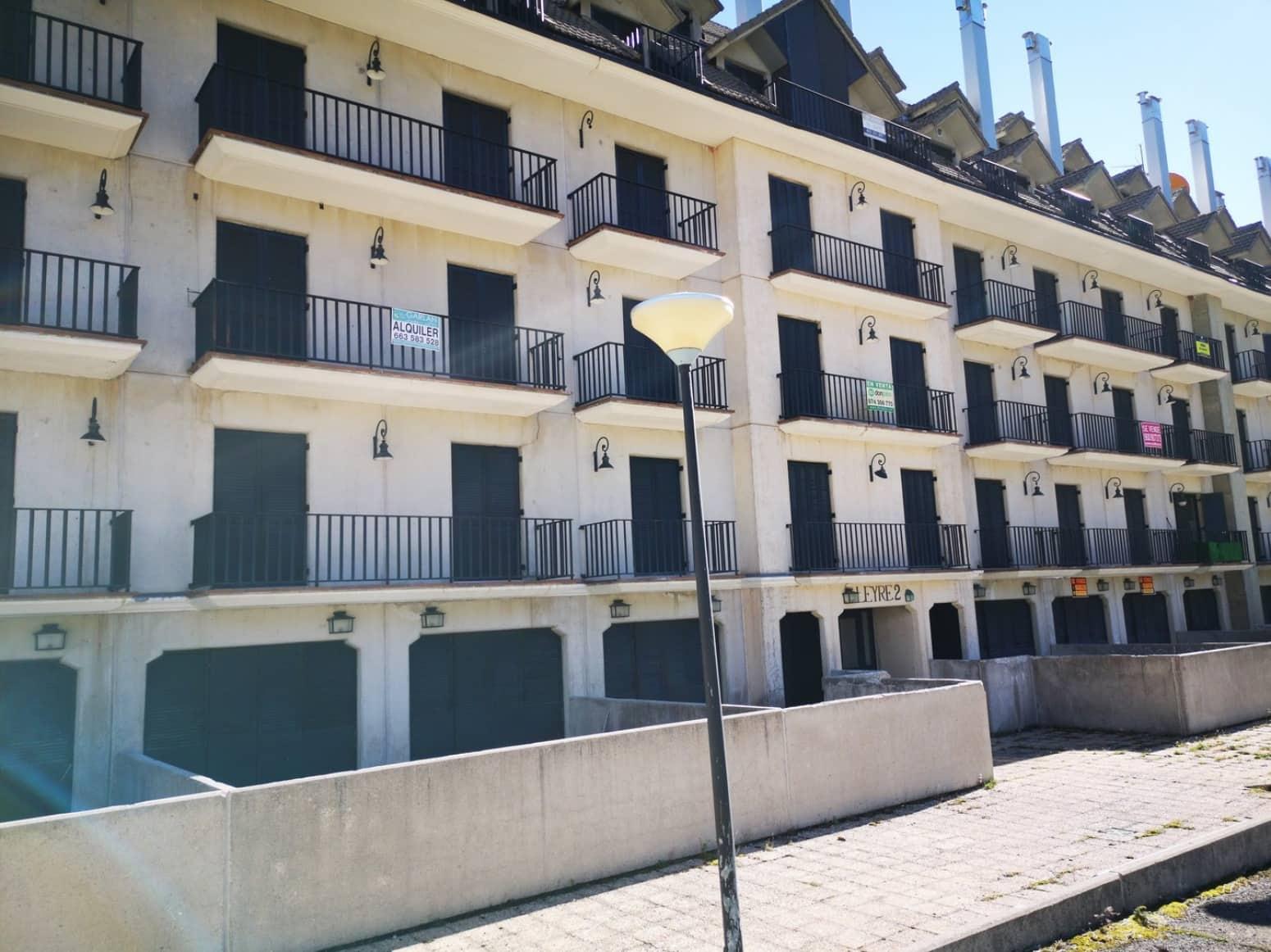 2 chambre Appartement à vendre à Aisa avec garage - 79 990 € (Ref: 4862611)