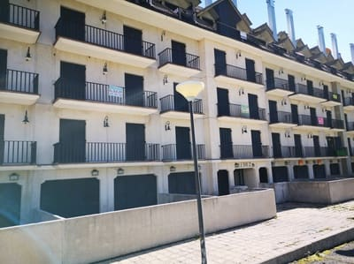 2 bedroom Flat for sale in Aisa with garage - € 79,990 (Ref: 4862611)