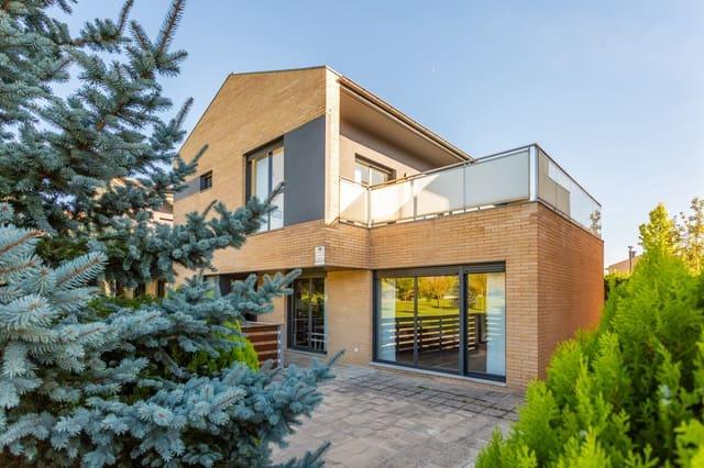 4 chambre Villa/Maison Mitoyenne à vendre à Egues - 385 000 € (Ref: 4877659)