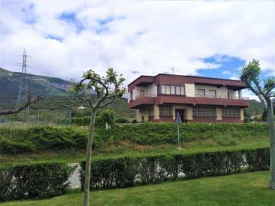 5 Zimmer Reihenhaus zu verkaufen in Yesa mit Garage - 183.000 € (Ref: 4891050)