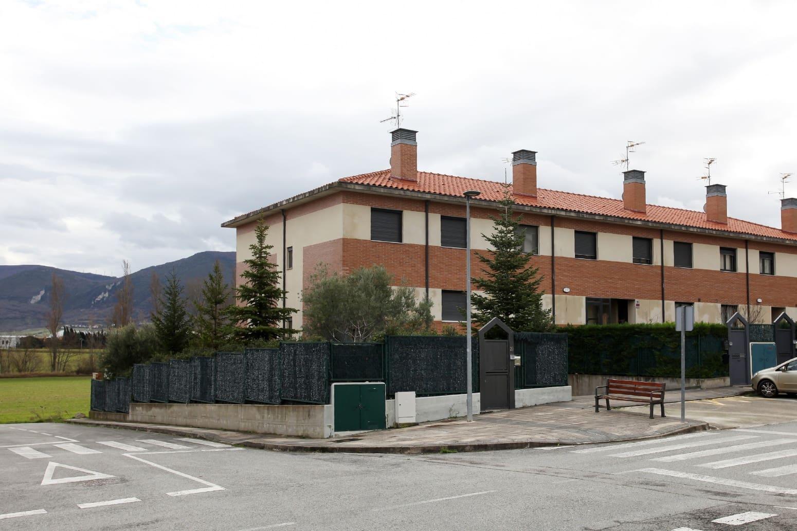 4 camera da letto Villetta a Schiera in vendita in Beriain con garage - 340.000 € (Rif: 5012313)
