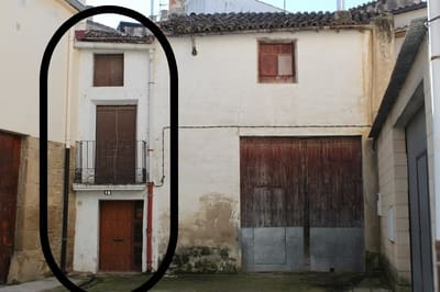 4 bedroom Terraced Villa for sale in Carcastillo - € 75,000 (Ref: 5068162)