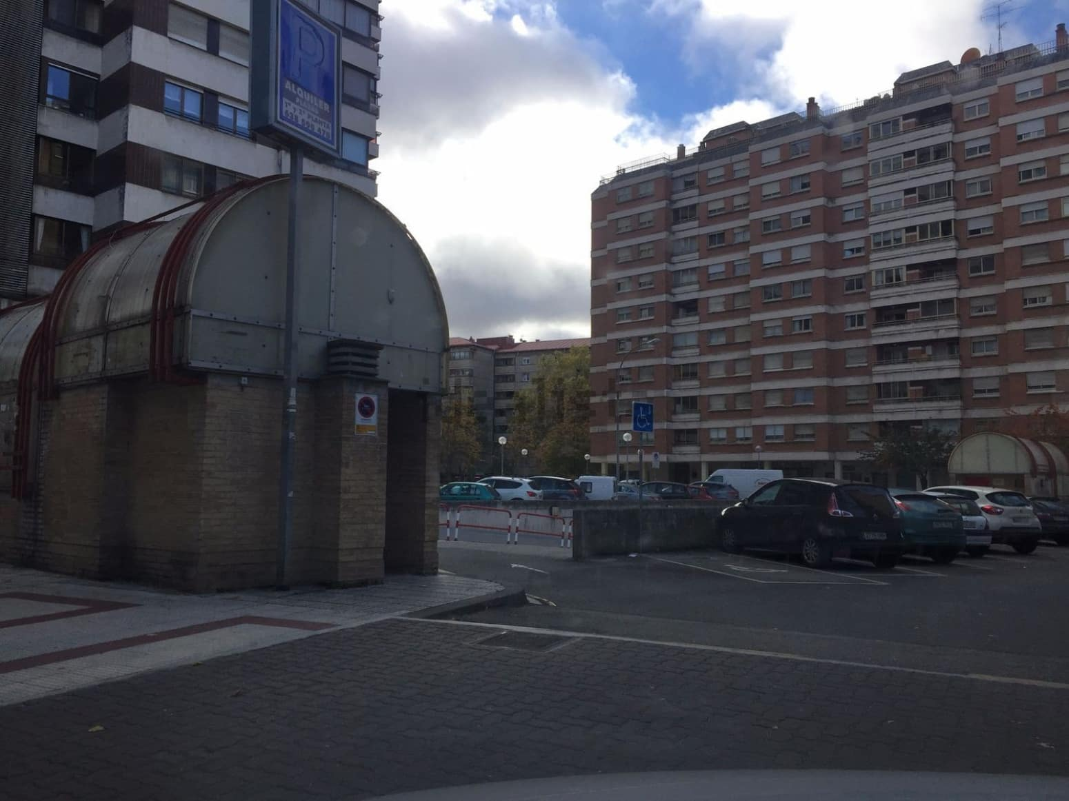 Garaż na sprzedaż w Pampeluna - 15 000 € (Ref: 5090288)