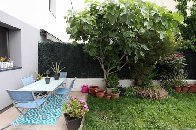 Adosado de 3 habitaciones en Barásoain en venta con garaje - 180.000 € (Ref: 5280952)