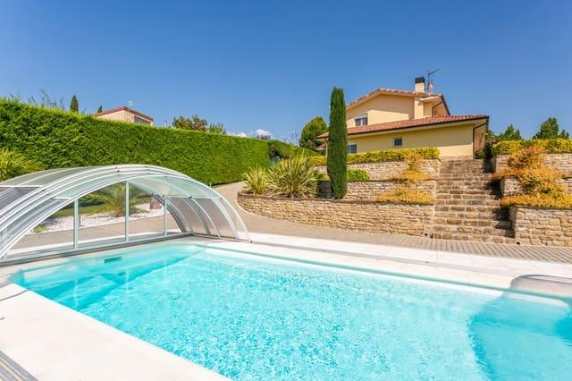 4 Zimmer Reihenhaus zu verkaufen in Pamplona / Iruna mit Pool Garage - 560.000 € (Ref: 5409680)