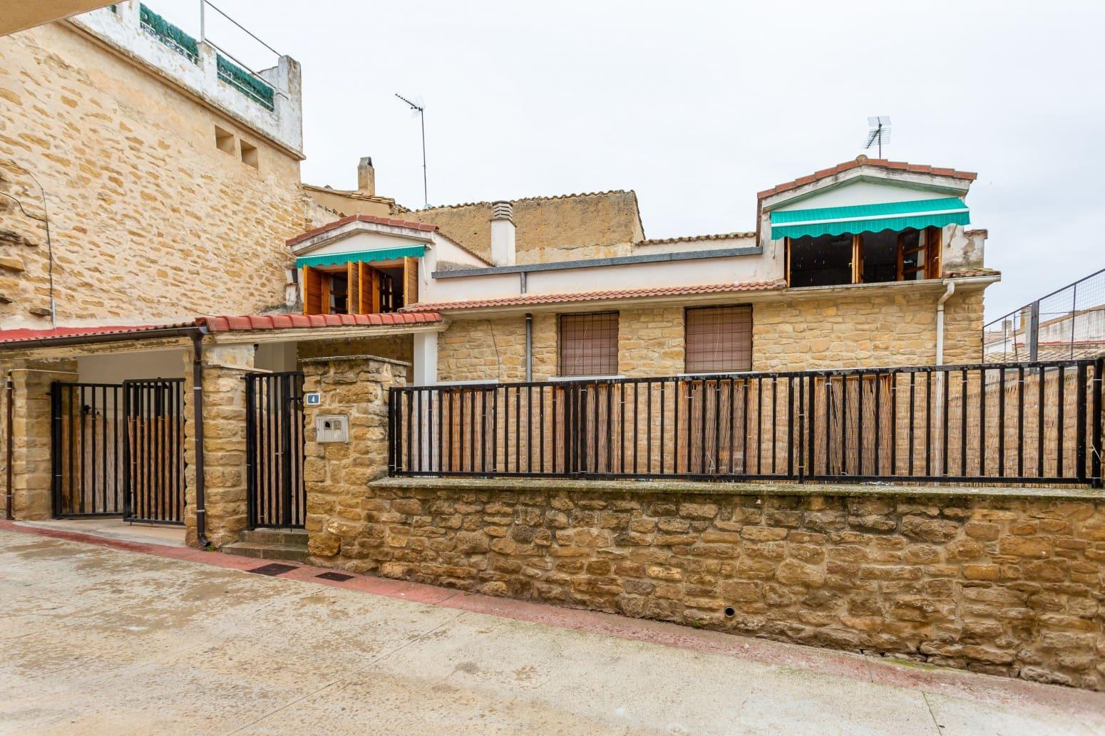 Adosado de 2 habitaciones en Murillo el Fruto en venta con garaje - 105.000 € (Ref: 5705475)