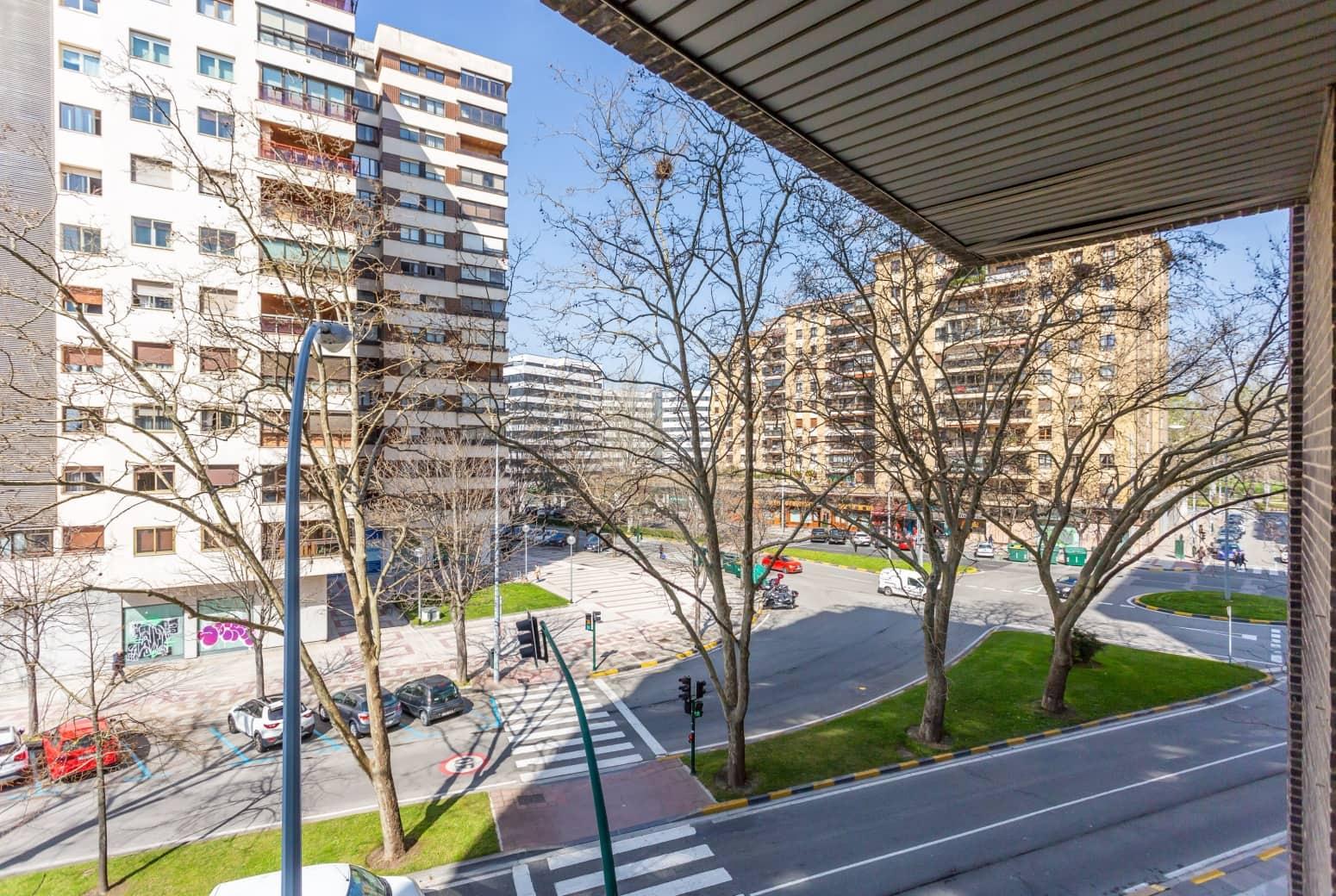 Bureau à vendre à Pampelune - 35 500 € (Ref: 5967878)