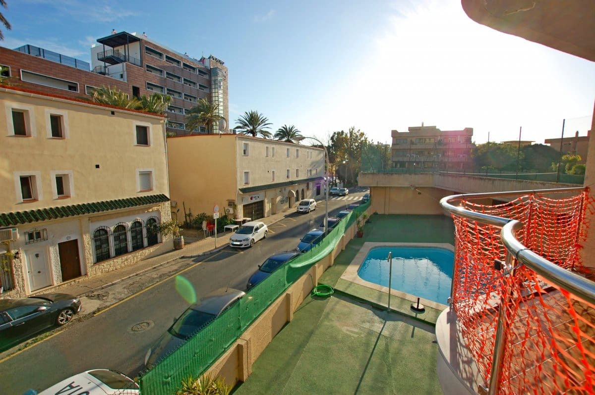 4 bedroom Flat for sale in Torremolinos with pool garage - € 370,000 (Ref: 5028953)