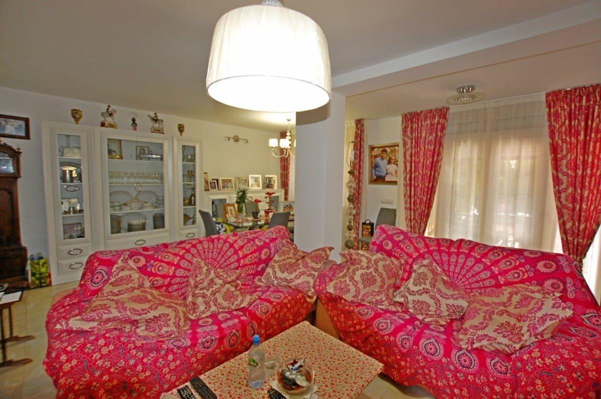 4 bedroom Villa for sale in Torremolinos with pool garage - € 445,000 (Ref: 5112314)