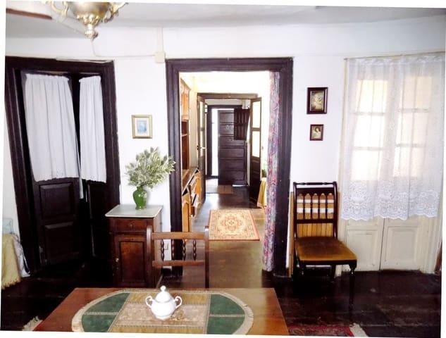 4 soveværelse Semi-Rækkehus til salg i Pravia - € 150.000 (Ref: 4805538)