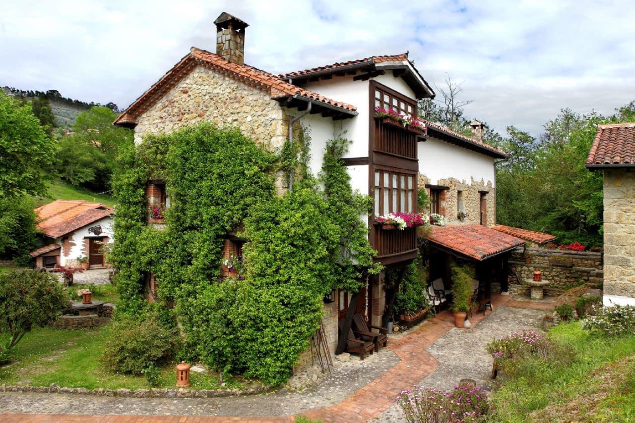 13 chambre Finca/Maison de Campagne à vendre à Llanes avec piscine - 850 000 € (Ref: 4805562)