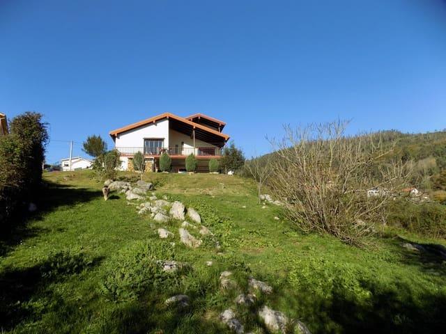 3 soveværelse Villa til salg i Candamo med garage - € 250.000 (Ref: 5727632)