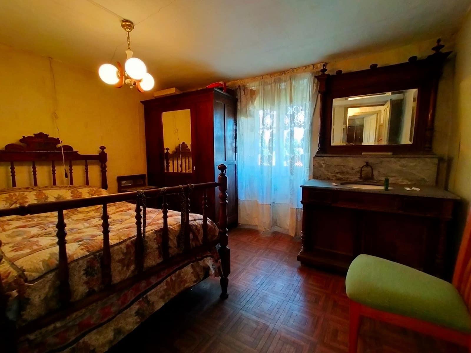 4 camera da letto Villetta Bifamiliare in vendita in Pravia - 68.000 € (Rif: 6302008)
