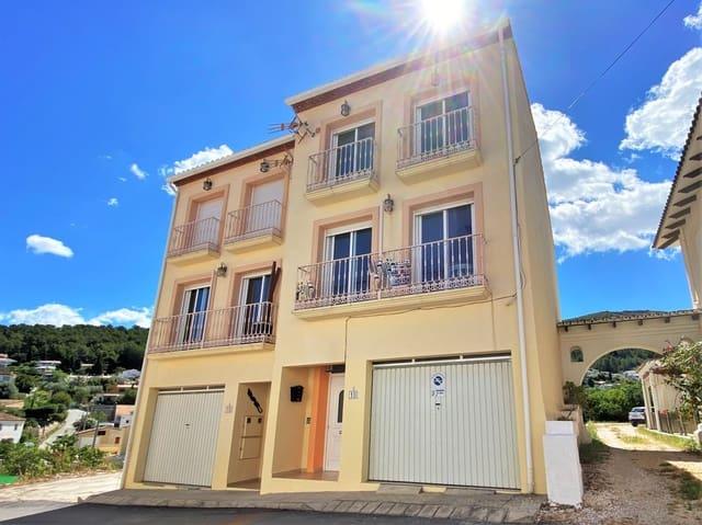 3 sovrum Semi-fristående Villa till salu i Orba med garage - 199 000 € (Ref: 5340520)
