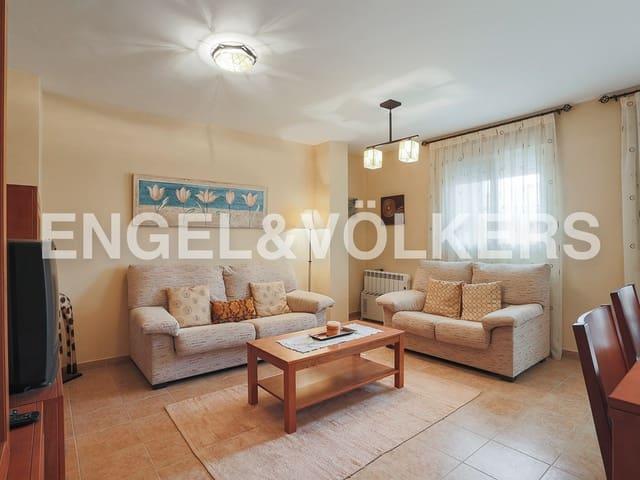 Piso de 3 habitaciones en Camporrobles en venta - 85.000 € (Ref: 4828089)