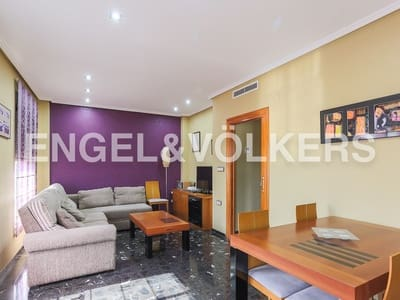 5 bedroom Townhouse for sale in Lliria with garage - € 260,000 (Ref: 4883297)