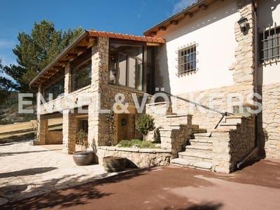 5 bedroom Villa for sale in Alcala de la Selva with garage - € 1,500,000 (Ref: 4883370)
