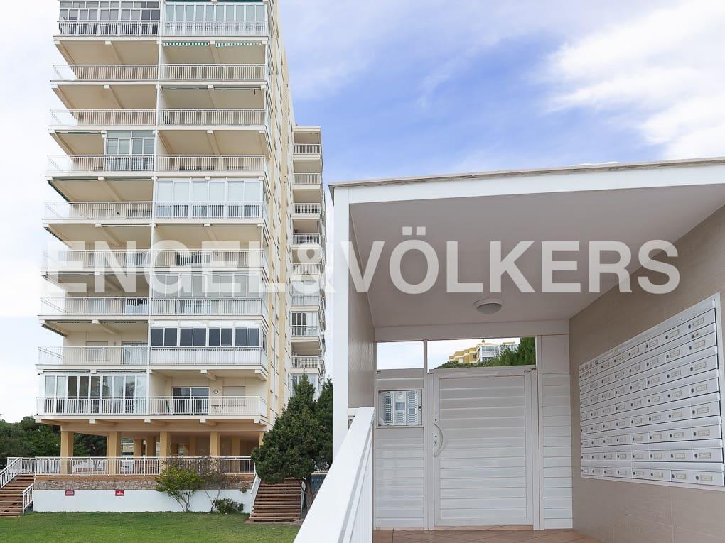2 slaapkamer Flat te huur in Benicassim met garage - € 2.500 (Ref: 4948346)