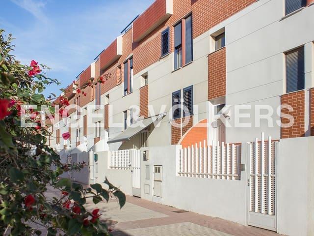 4 soverom Rekkehus til salgs i Castello de la Plana med garasje - € 190 000 (Ref: 4959272)