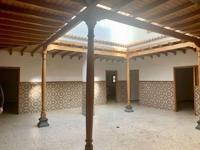 6 sovrum Kommersiell till salu i Santa Cruz de Tenerife - 155 000 € (Ref: 5412568)
