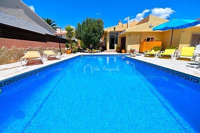 Chalet de 4 habitaciones en Vandellòs i l'Hospitalet de l'Infant en venta con piscina - 335.000 € (Ref: 4985125)