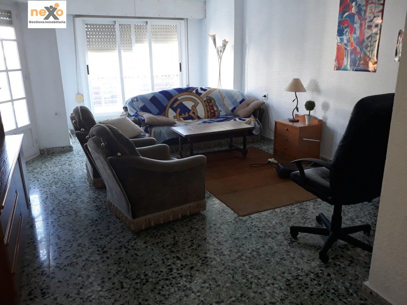 Piso de 3 habitaciones en Orihuela en venta - 109.000 € (Ref: 4919572)
