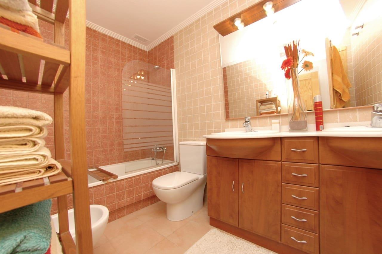 Bungalow de 2 habitaciones en Playa Flamenca en venta con piscina - 143.900 € (Ref: 4858570)
