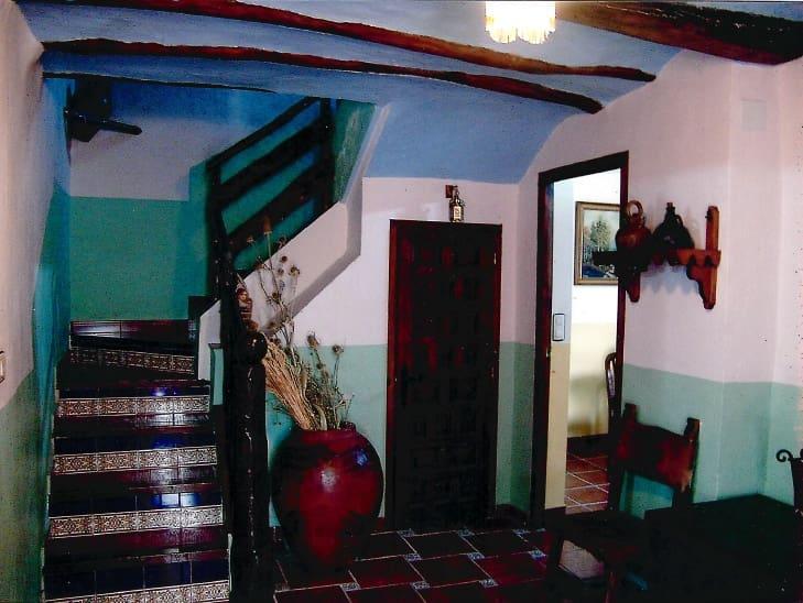 3 soveværelse Byhus til salg i Banon - € 133.000 (Ref: 6114014)