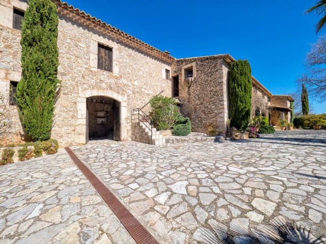 6 bedroom Finca/Country House for sale in Caimari - € 1,100,000 (Ref: 5416740)