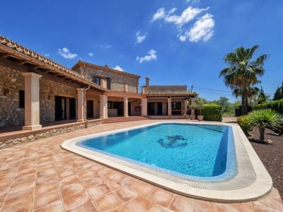 4 bedroom Villa for sale in Calvia - € 1,495,000 (Ref: 5416764)