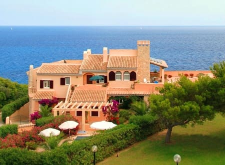 13 Zimmer Villa zu verkaufen in Cala Mandia - 2.500.000 € (Ref: 5518255)