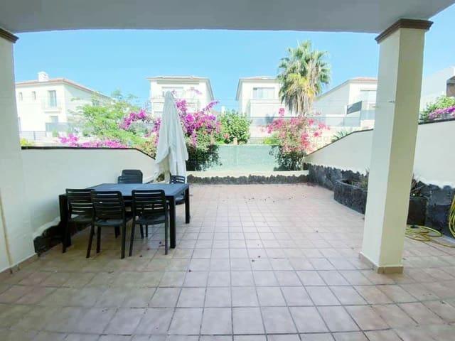 3 quarto Moradia Geminada para venda em Chayofa com piscina garagem - 263 375 € (Ref: 4851910)