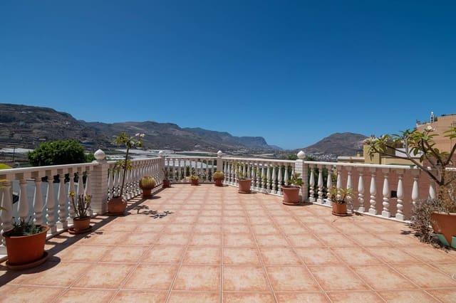 7 chambre Villa/Maison à vendre à Galdar avec garage - 287 627 € (Ref: 5522254)